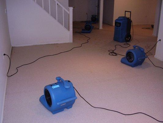 can a dehumidifier help after a flood